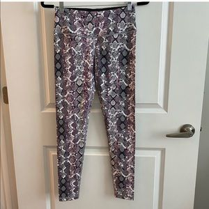 VS Sport snake print knock out legging